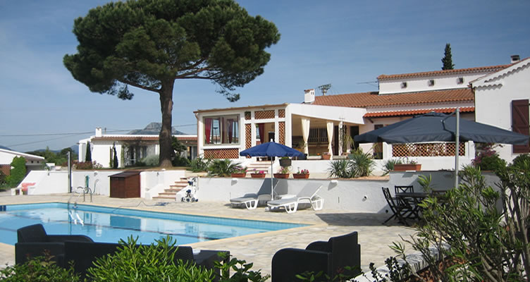 chambre d 39 hotes hy res piscine tennis var provence